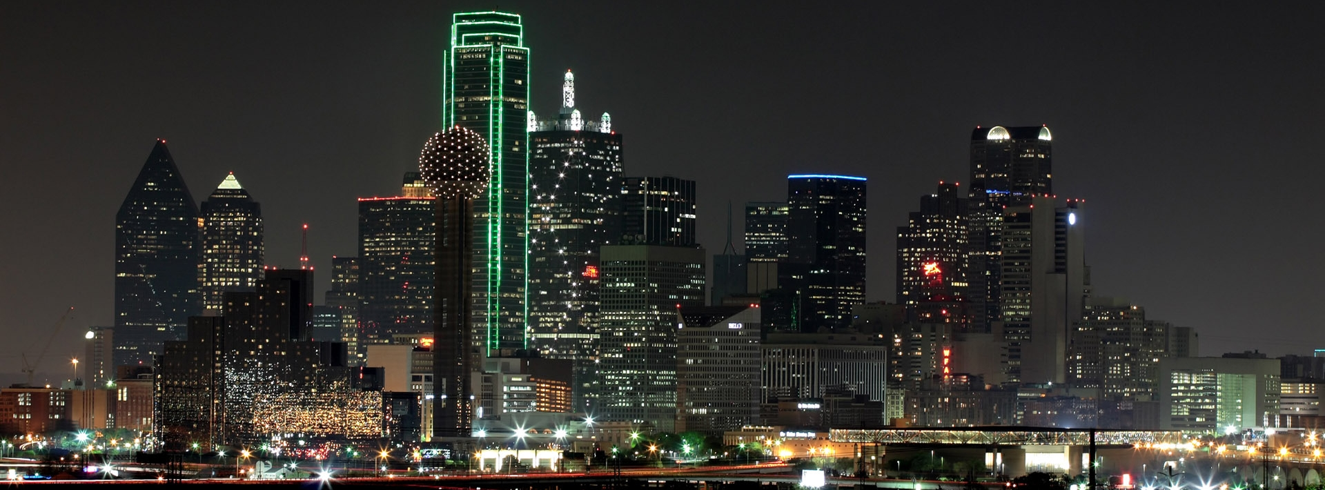 Dallas-skyline-night-e1420648297818